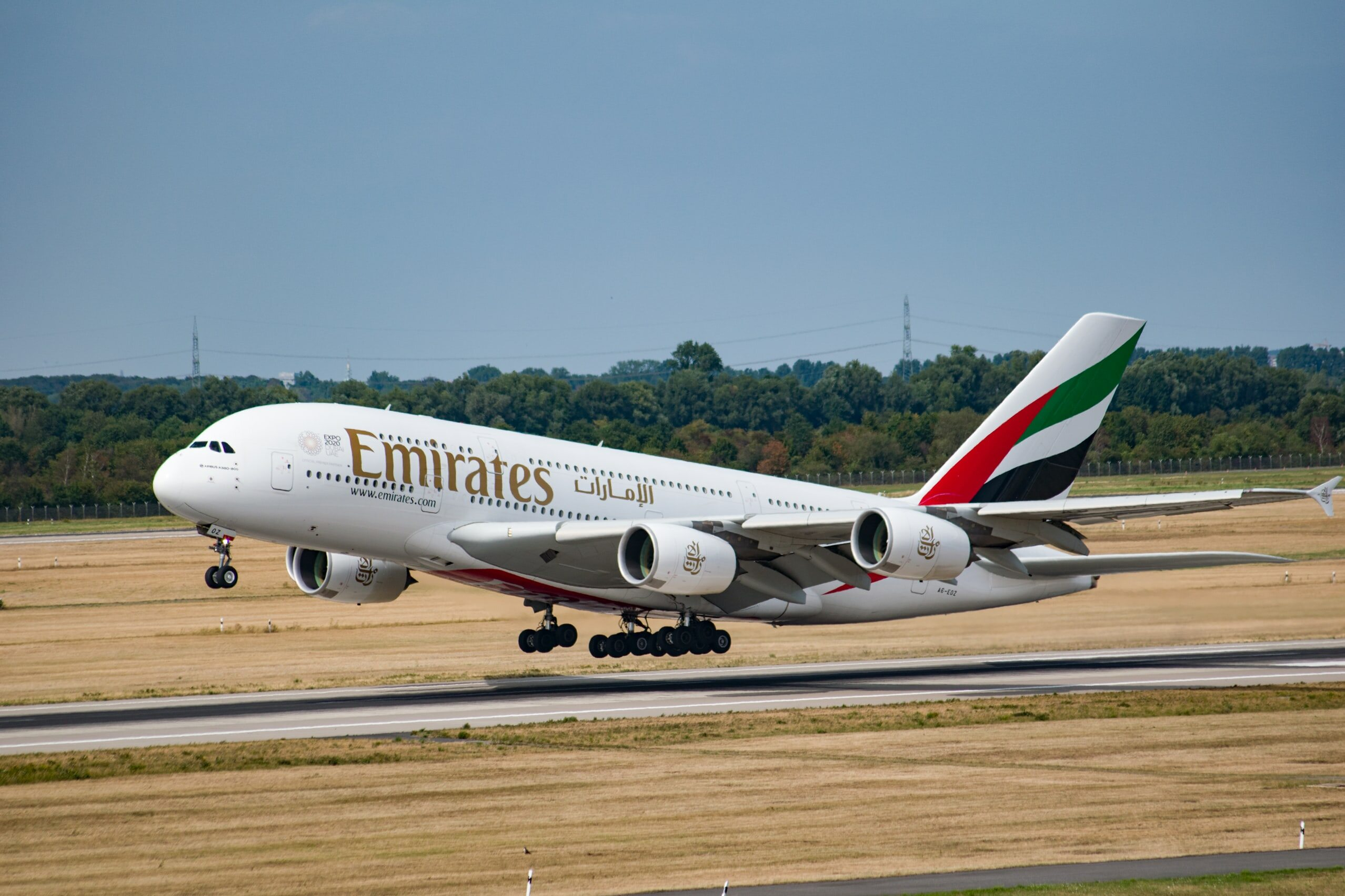 Airbus a380 linii Emirates