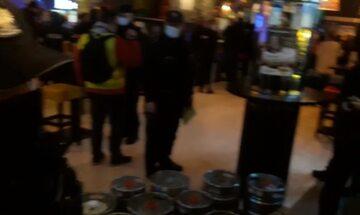 Akcja policji w Piwpaw przy Parkingowej
