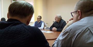 Alaksandr Łukaszenka w rozmowie z opozycjonistami
