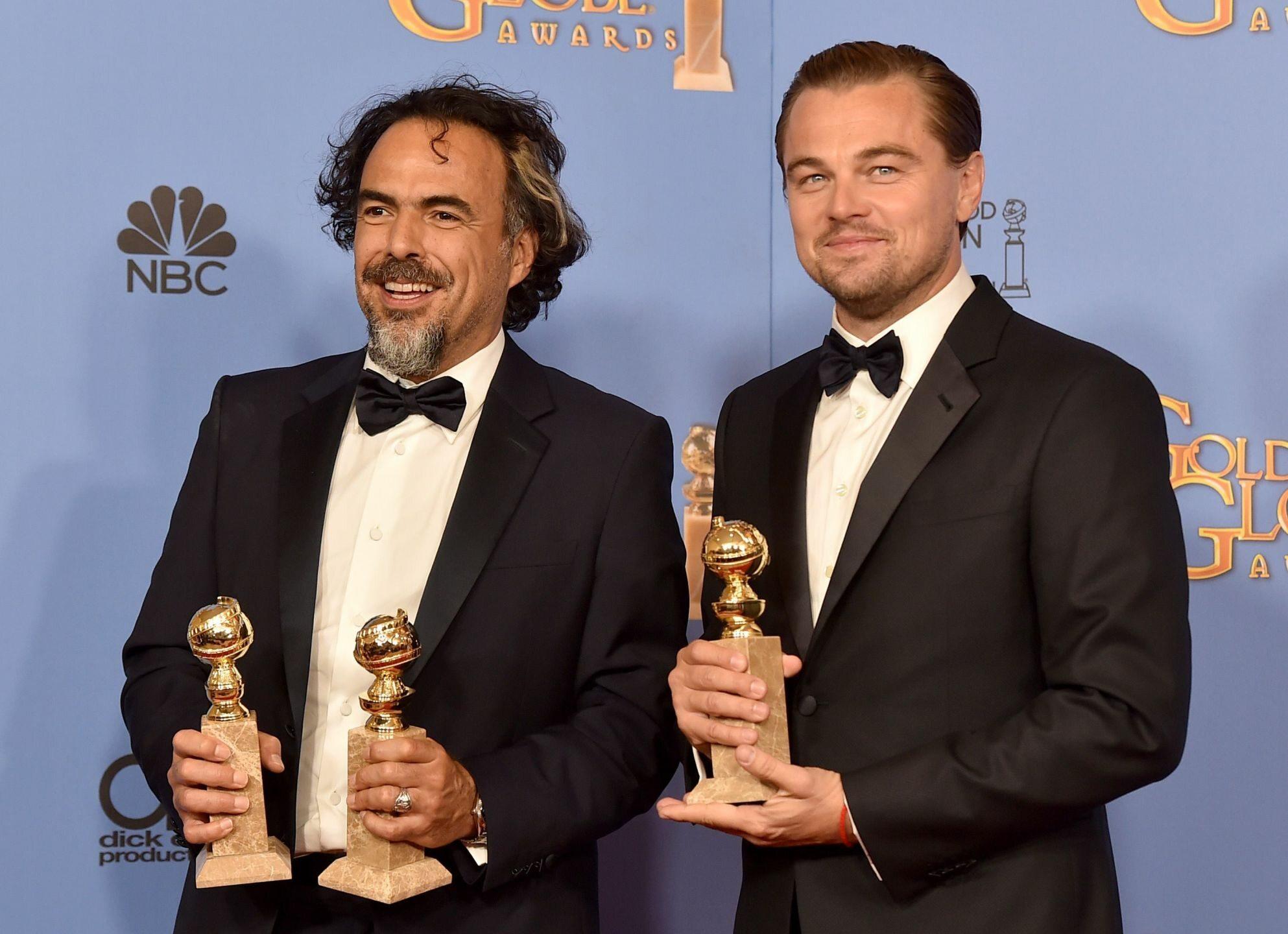 Alejandro González Iñárritu i Leonardo DiCaprio podczas 73. gali wręczenia Złotych Globów