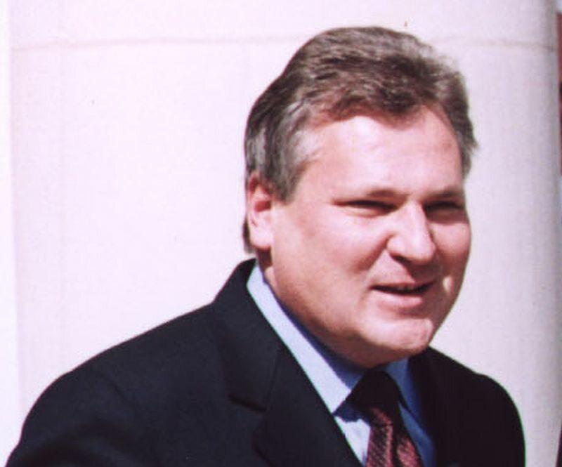 Aleksander Kwaśniewski w 2001 roku