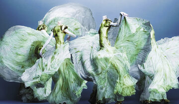Alexander McQueen Bestia, która tworzyła piękno