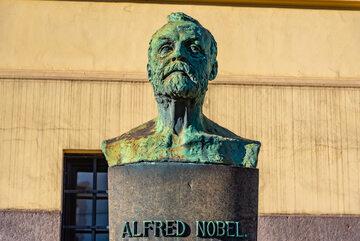 Alfred Nobel – pomnik