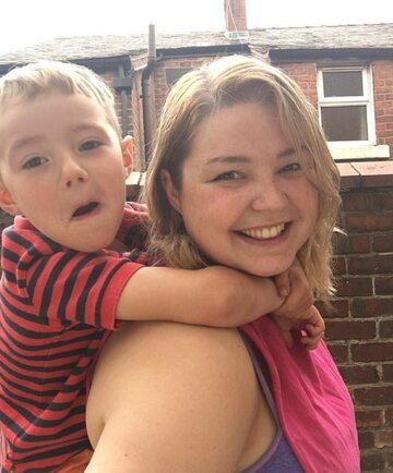 Amy Harscastle i jej 5-letni syn Max