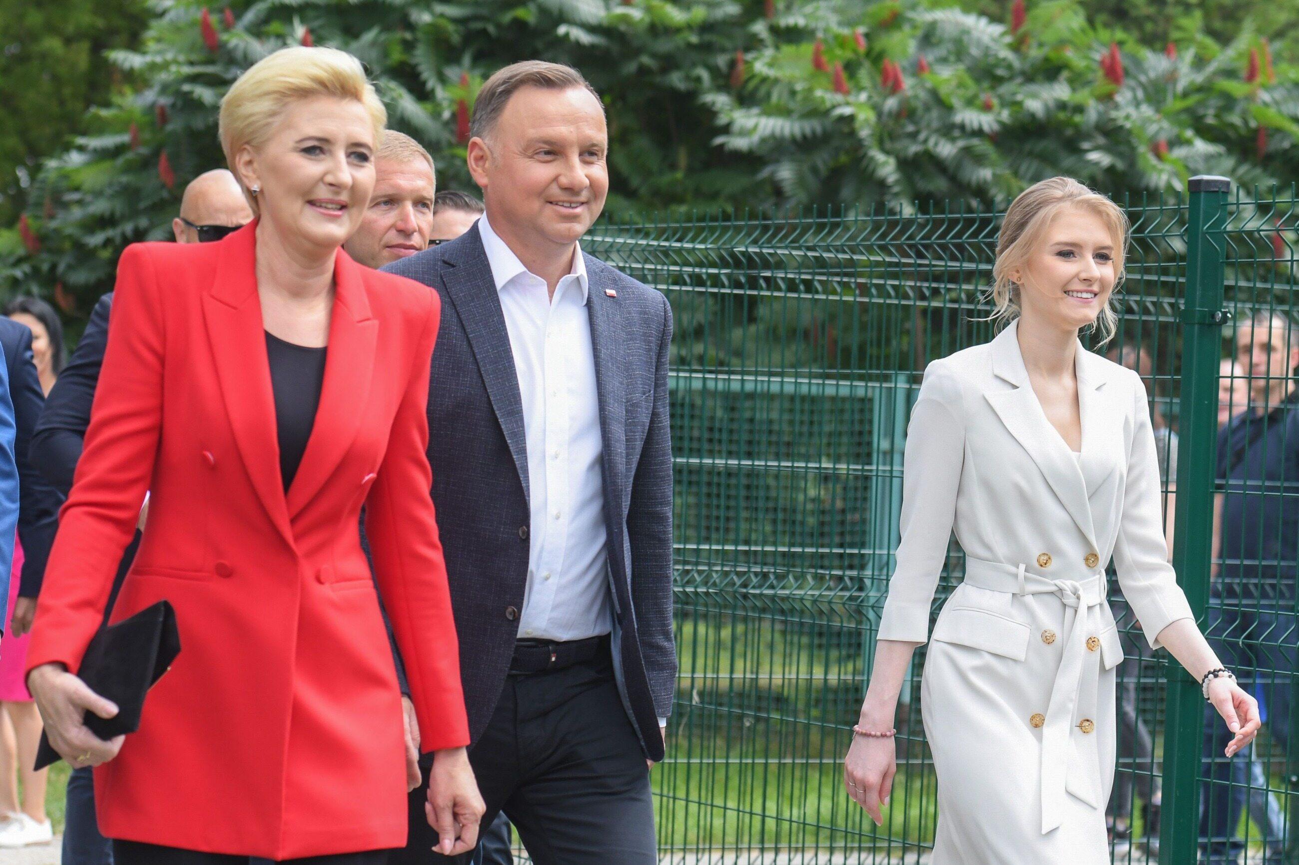 Andrzej Duda głosował z żoną Agatą i córką Kingą
