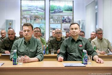 Andrzej Duda i Mariusz Błaszczak w Nowej Dębie