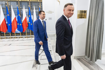 Andrzej Duda w towarzystwie swojego rzecznika Błażeja Spychalskiego