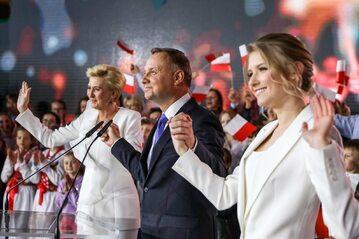 Andrzej Duda z żoną i córką