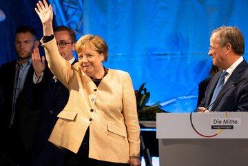 Angela Merkel i Armin Laschet, kandydat na kanclerza Niemiec (po prawej)