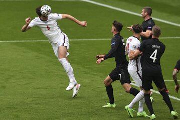 Anglicy w meczu z Niemcami