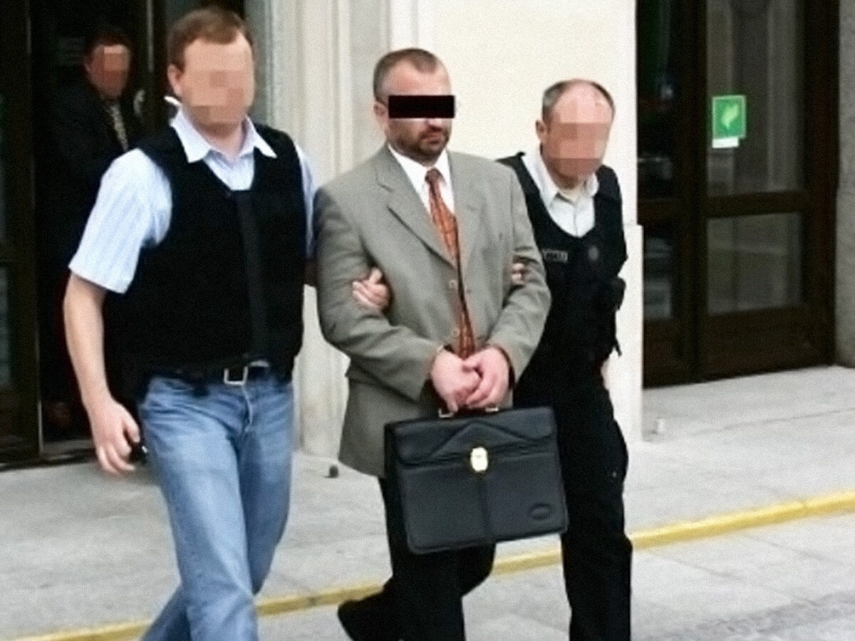Aresztowanie urzędników Ministerstwa Finansów podejrzanych o korupcję.
