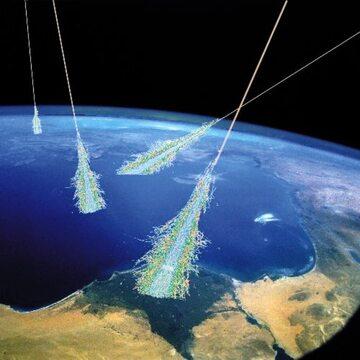 Artystyczna wizja kolizji promieni kosmicznych z atmosferą Ziemi