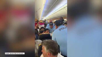 Awantura na pokładzie samolotu