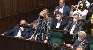 Barbara Nowacka i inni parlamentarzyści