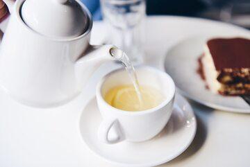 Biała herbata, zdjęcie ilustracyjne