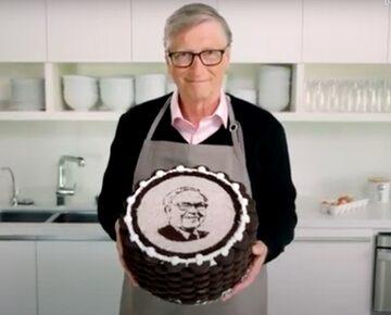 Bill Gates upiekł tort dla Warrena Buffeta