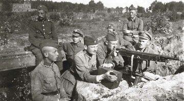Bitwa warszawska. Polska pozycja karabinu maszynowego pod Miłosną