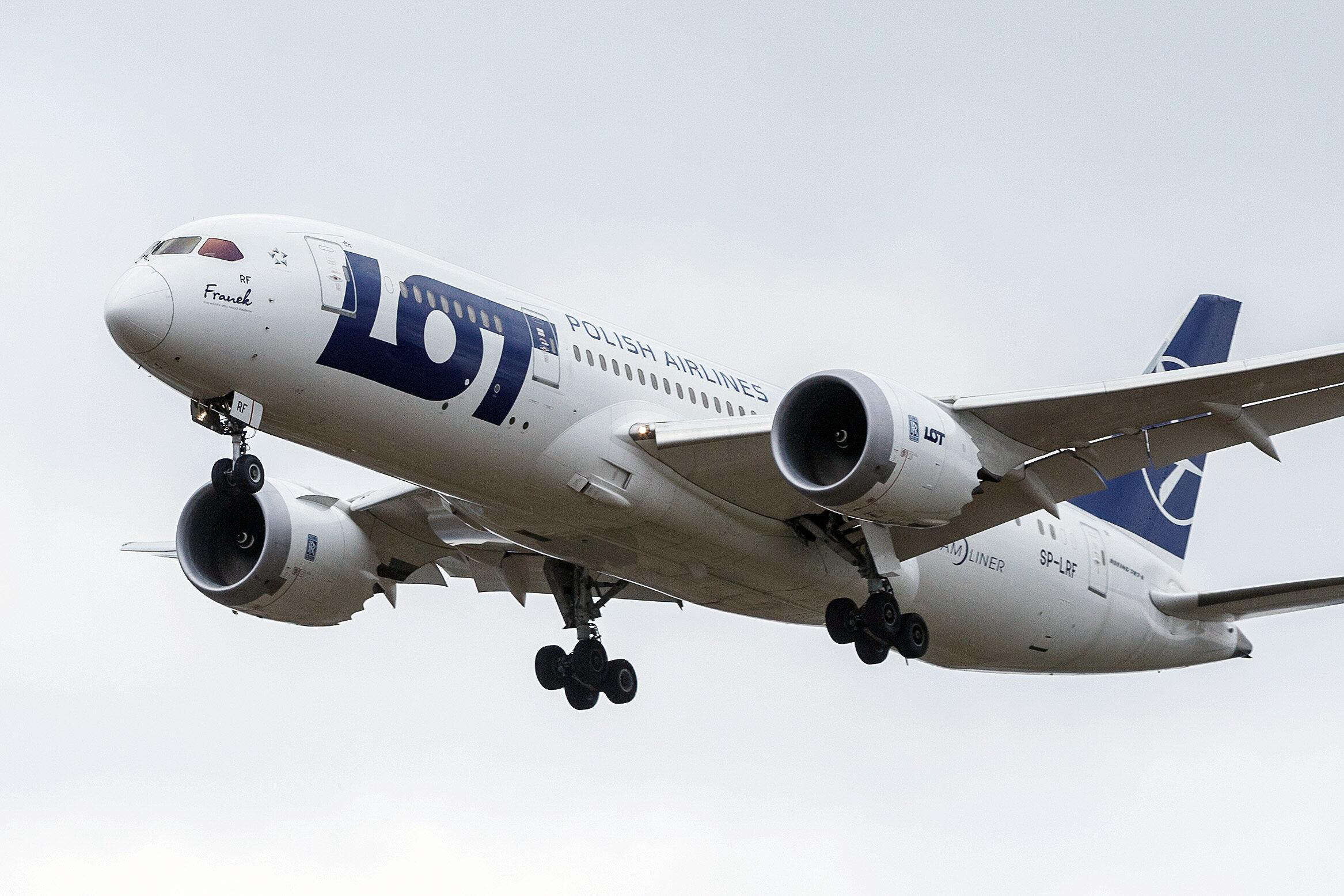 Boeing LOT-u