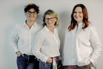"""Bohaterki kampanii społeczno-edukacyjnej """"Masz wybór"""": Agata,  Dagmara i Dorota"""