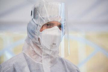 Brakuje personelu do obsługi respiratorów, zdj. ilustracyjne