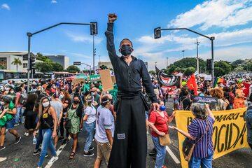 Brazylia. Protest w Rio de Janeiro przeciwko rządom prezydenta Jaira Bolsonaro