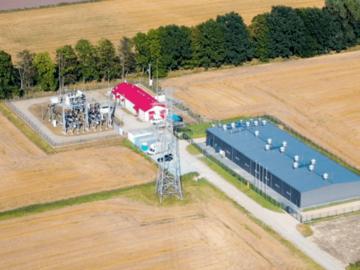 Budynek hybrydowego magazynu energii BESS przy farmie wiatrowej Bystra