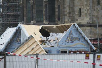 Budynek na jarmarku bożonarodzeniowym, gdzie doszło do zamachu