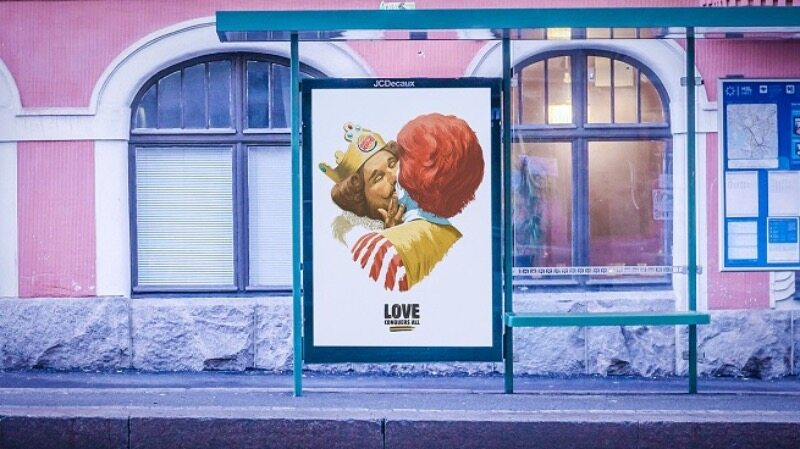 """Burger King wspiera osoby LGBT i """"wyznaje miłość"""" McDonald'sowi"""