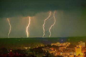 Burza nad Olsztynem (zdj. ilustracyjne)