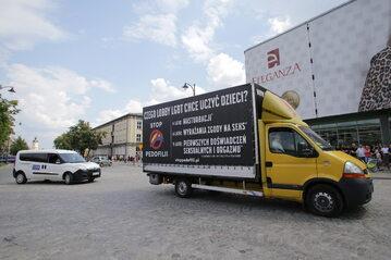 Bus antyaborcyjny Fundacji Pro - Prawo do Życia
