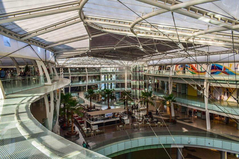 Centrum handlowe, zdjęcie ilustracyjne