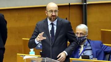 Charles Michel podczas debaty w europarlamencie