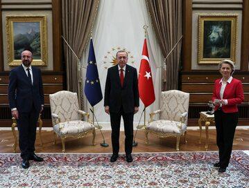 Charles Michel, Recep Erdogan i Ursula von der Leyen