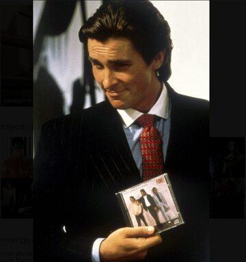 "Christian Bale jako Patrick Bateman w filmie ""American Psycho"""