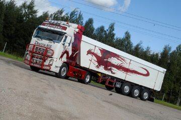 Ciężarówka firmy Repiński Transport