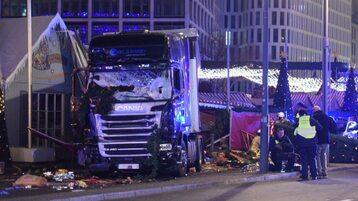 Ciężarówka wjechała w tłum w Berlinie