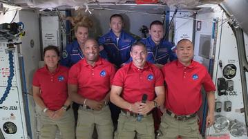 Crew-1 na pokładzie ISS