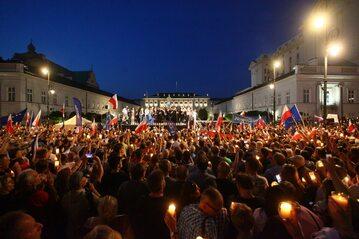 Czwartkowy protest przed pałacem prezydenckim