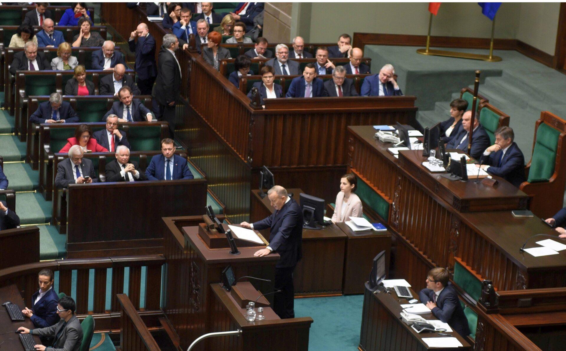 Debata nad wotum nieufności dla rządu