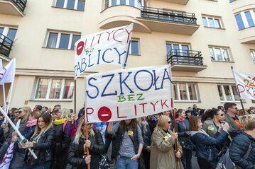 Demonstracja nauczycieli w Warszawie