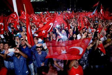Demonstracje w Turcji po nieudanym puczu