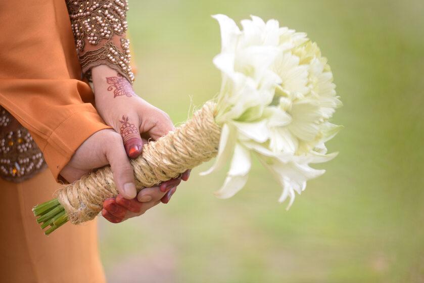 Dłonie małżonków