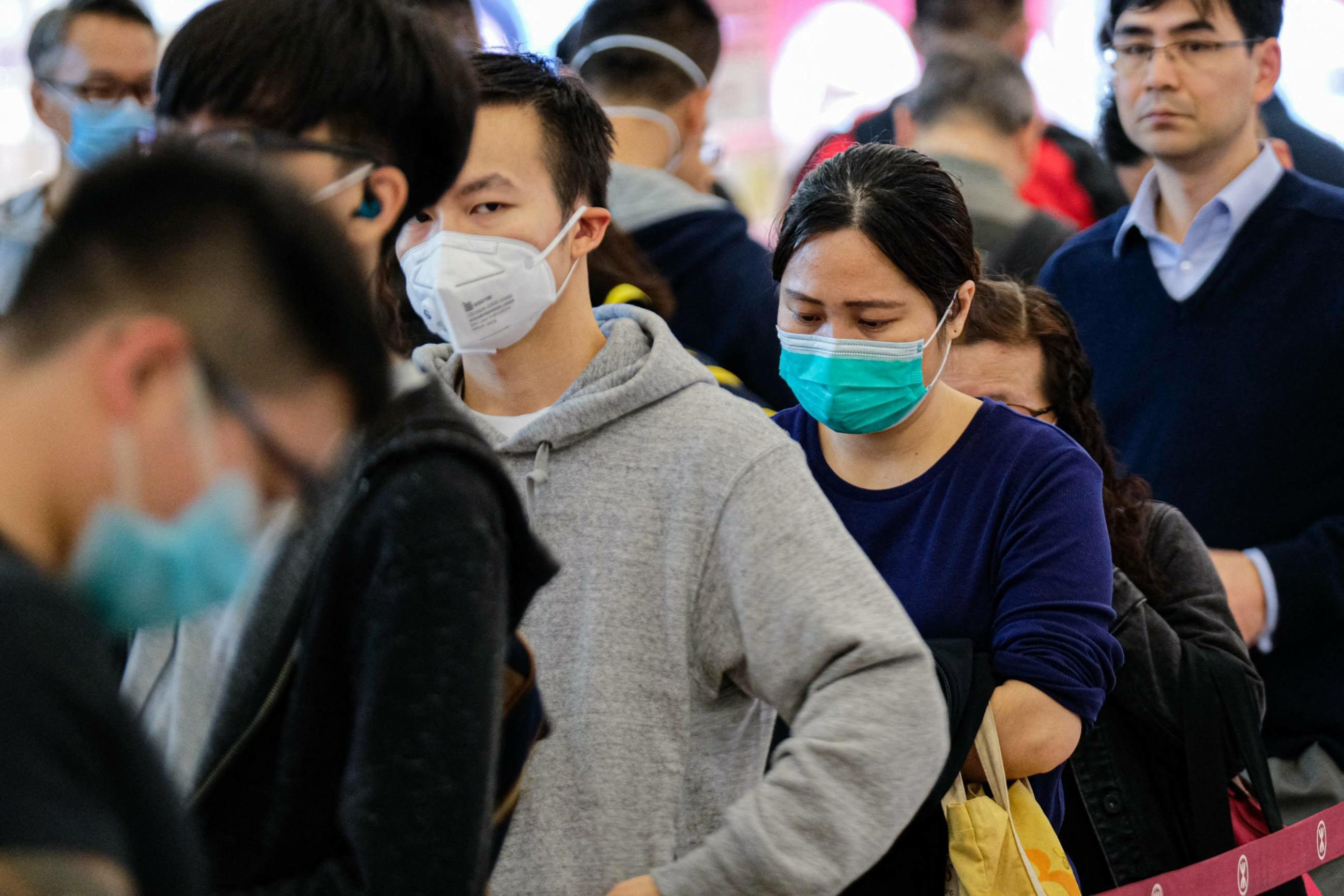 Dodatkowe kontrole na lotniskach zabezpieczą świat przed koronawirusem?