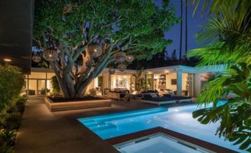 Dom Cindy Crawford i Rande'a Gerbera w Beverly Hills