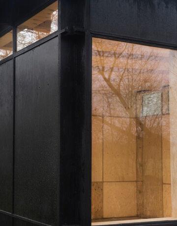 Dom zaprojektowały Johanne Holm-Jensen i Mia Behrens