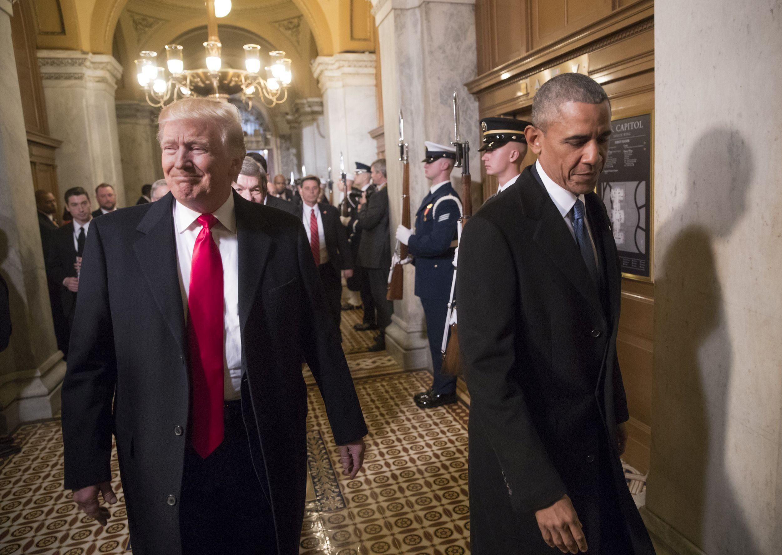 Donald Trump i Barack Obama w dniu inauguracji prezydentury tego pierwszego