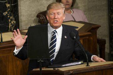 Donald Trump podczas przemówienia przed Kongresem