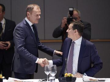Donald Tusk i Mateusz Morawiecki