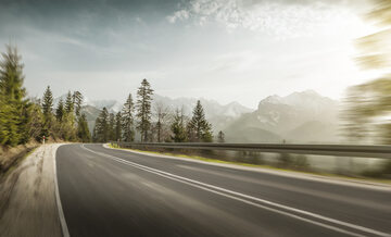 Droga, podwójna ciągła (fot. ilustracyjna)