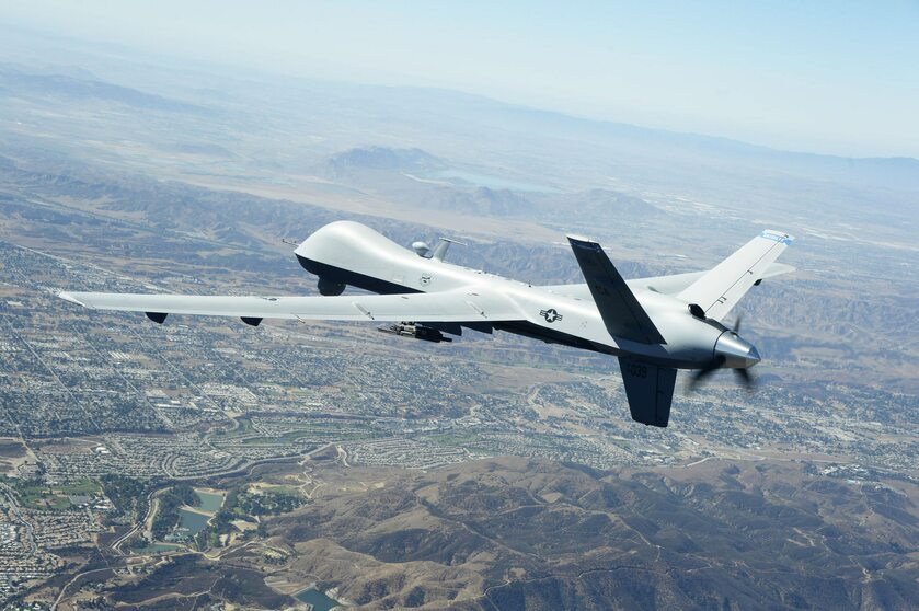 Dron MQ-9